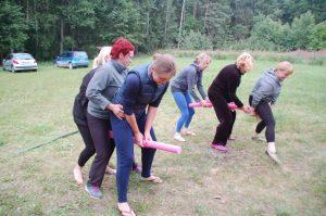 vasaros stovykla moterims