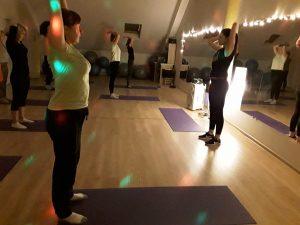 sveika nugara aerobinis šokis išbandyk treniruotes