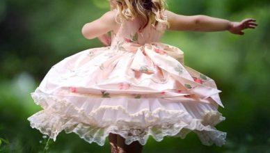Ištrinti terminą: neoklasikiniai šokiai mergaitėms neoklasikiniai šokiai mergaitėms